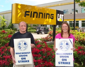LL 692's bargaining team members, Phil Miles and Laura Tetreau