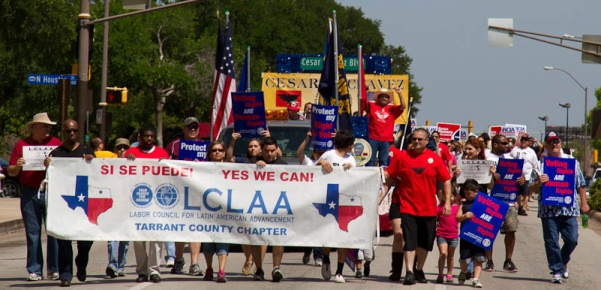 Members of District Lodge 776 and the Tarrant County (TX) chapter of LCLAA (Labor Council for Latin American Advancement) joined other labor and civil rights organization for a parade and rally celebrating the birthday of Cesar Chavez through downtown Fort Worth, TX last Saturday.