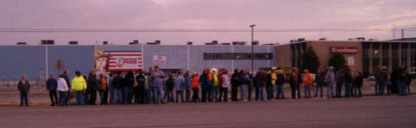 Members of IAM Local 2395 in Fayetteville, NT in front of the Goodman Company.