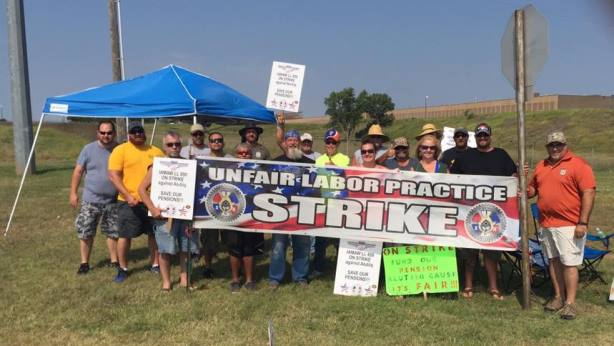 IAM Rallies Behind Striking Tinker AFB Members