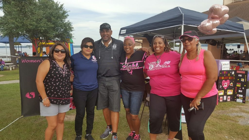 The 4th annual IAM Local 811 Picnic and Food Drive was a success, turning out nearly 700 members. From left: Local 2198 President Norma Rodriguez, IAM General Secretary-Treasurer Dora Cervantes, Local 811 President Leroy Taylor, Local 811 Women's Committee Member Jackie Golphin, Local 811 Secretary-Treasurer Sarah Garcia, and guest Hatty Manochi.
