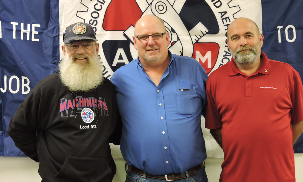 Machinists Show Giving Spirit this Holiday Season