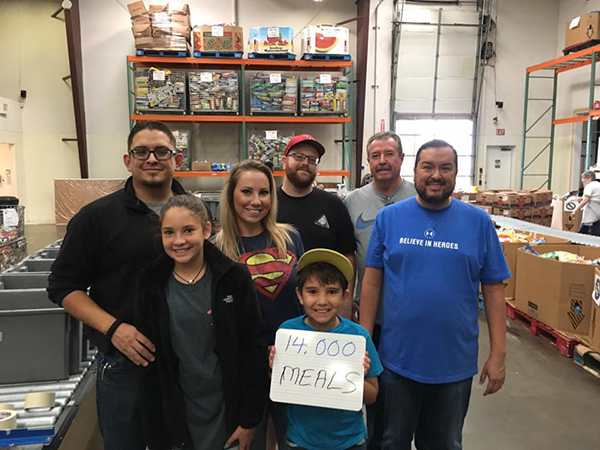 Amarillo IAM Local Helps Food Bank Create 14,000 Meals