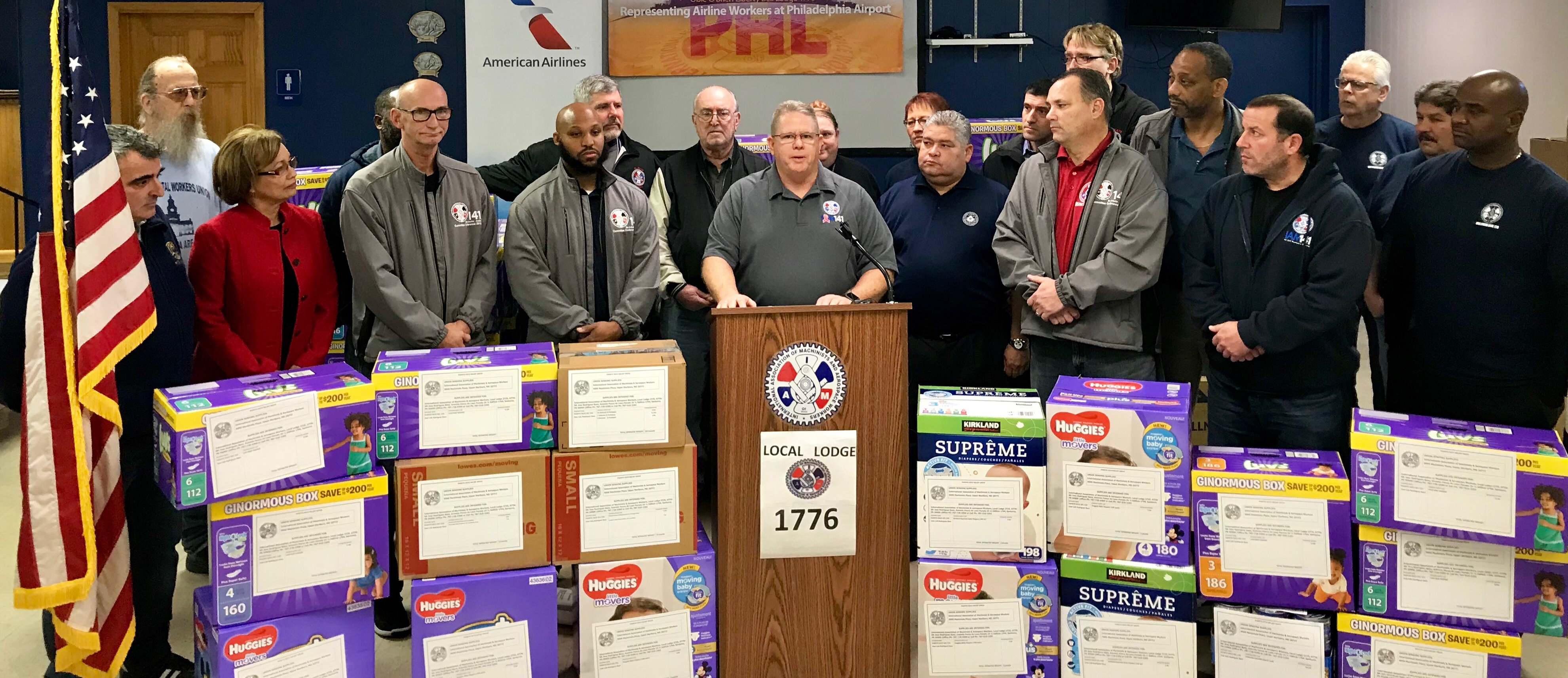 Machinists, American Airlines Partner for Relief Flight to Puerto Rico