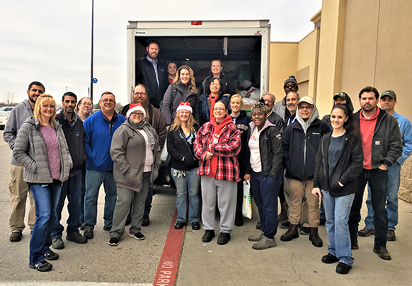 IAM Machinists Build A Brighter Christmas in Wichita