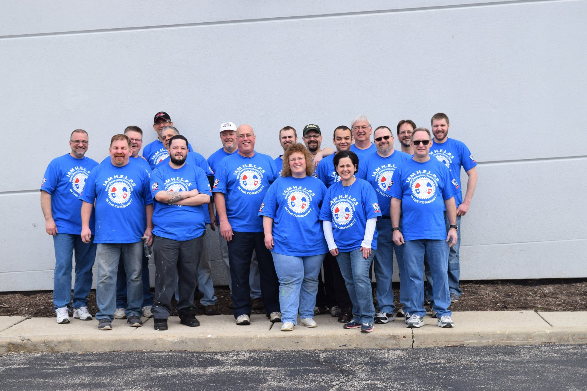Chicago IAM Mechanics Local 701 Members H.E.L.P. in the Community