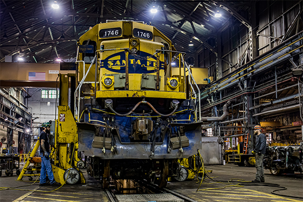 Tell Congress to Save Railroad Jobs