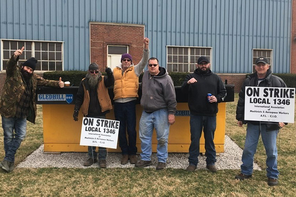 Ohio Members Standing Strong in Third Week of Strike