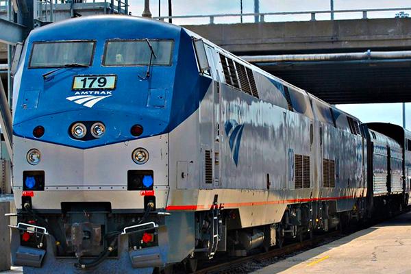 IAM, TCU-IAM Demand Congress Support Commuter Rail Workers
