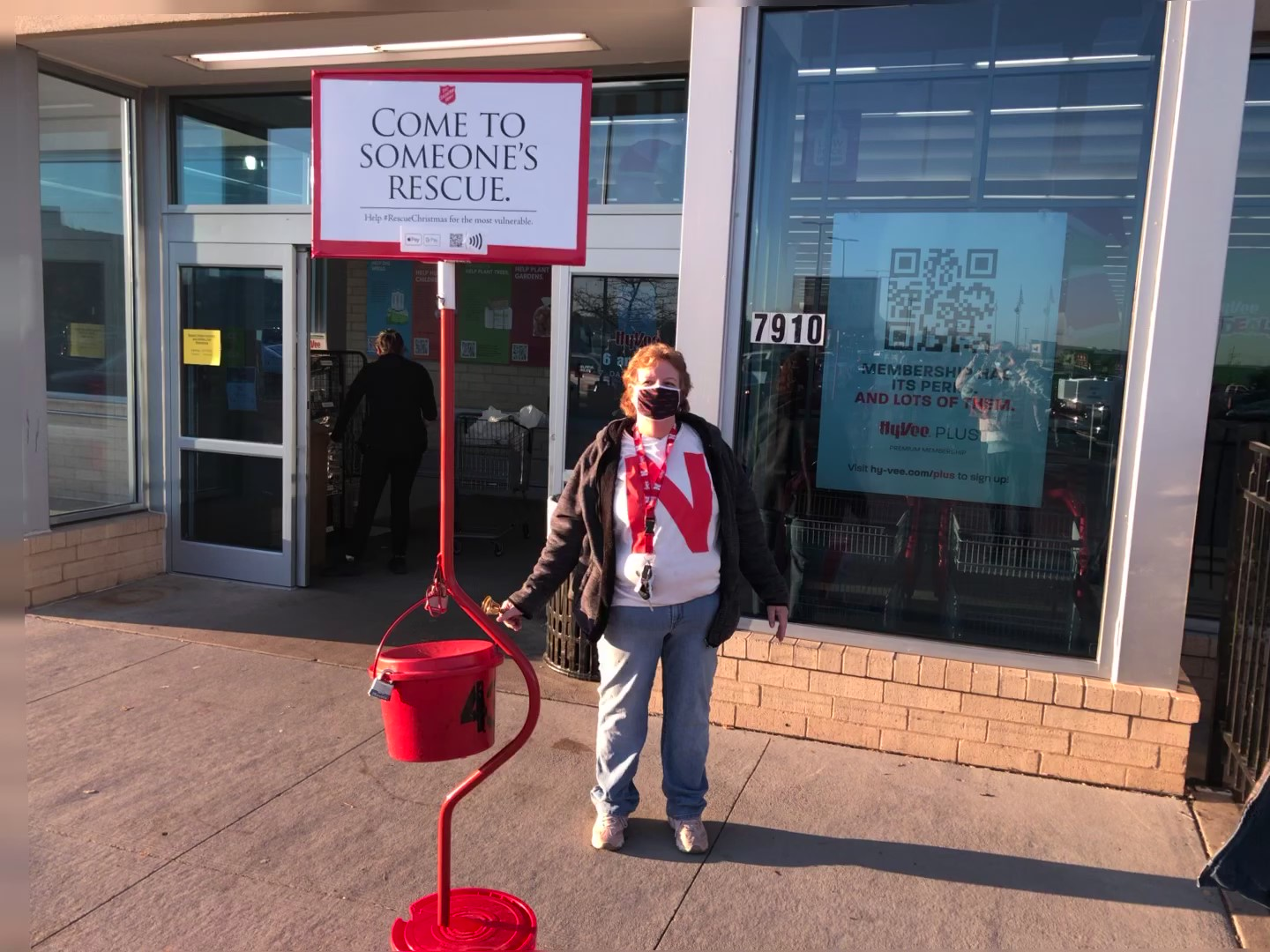 Omaha Local 31 Ringing Bells to Help Others this Holiday Season