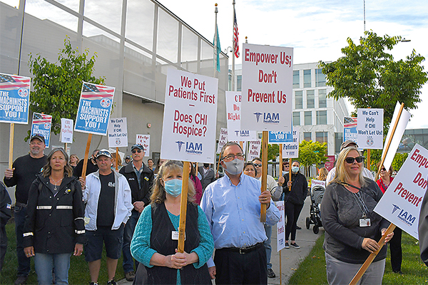 Washington State District 751 Hospice Workers Rally for First Contract